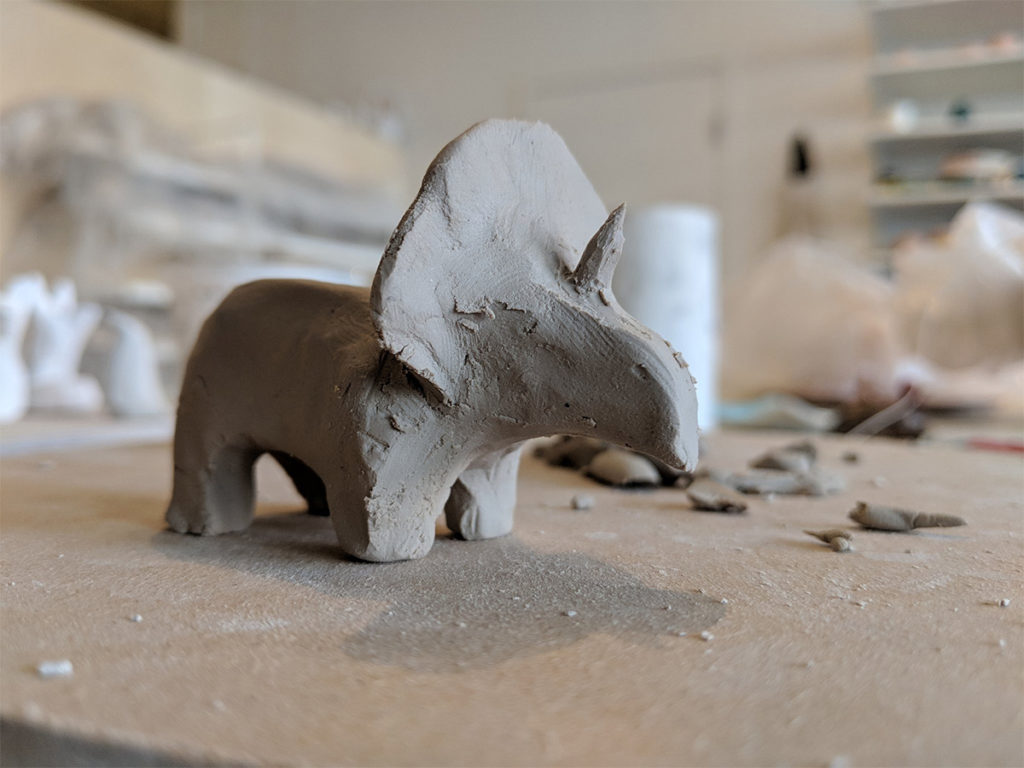 Figurine porcelaine triceratops