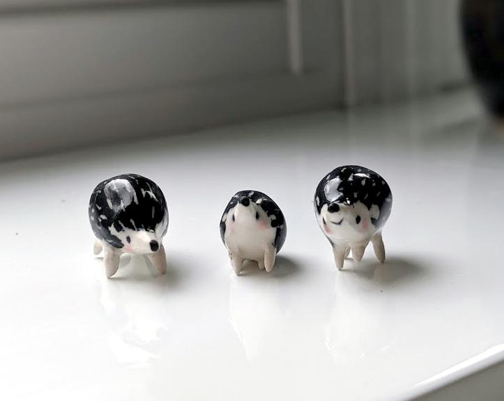 Sculptures de hérissons en  céramique