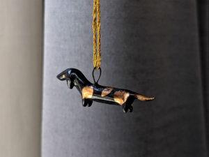 pendentif teckel ceramique et or