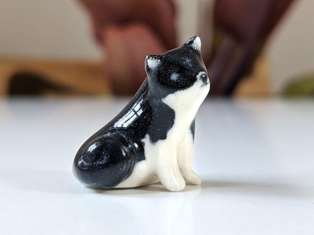 chat porcelaine miniature