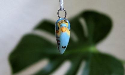 pendentif perruche or ceramique turquoise