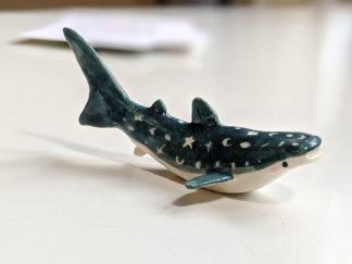 requin baleine bleu foncé