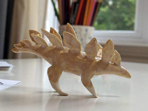 stegosaure porcelaine perle