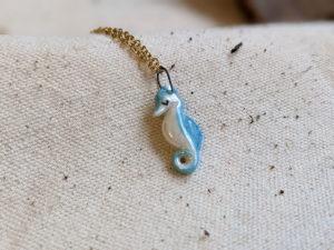 sea horse pendant