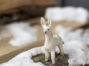 ane porcelaine donkey