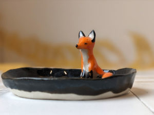 porcelain tray fox